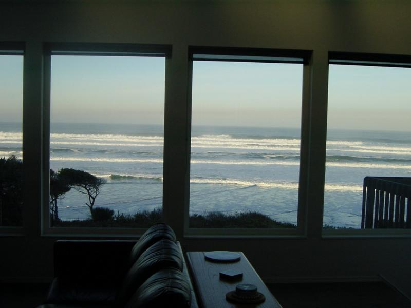 View - *American Dream* Ocean Front* Hot Tub*Beach Access - Newport - rentals