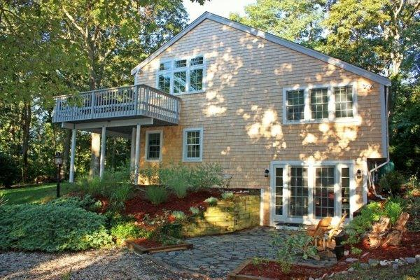 Hidden Hollow Cottage (4 Floors, 4BRs, 2BAs, 2LRs) - Totally Renovated/Remodeled Wellfleet Cottage - Wellfleet - rentals