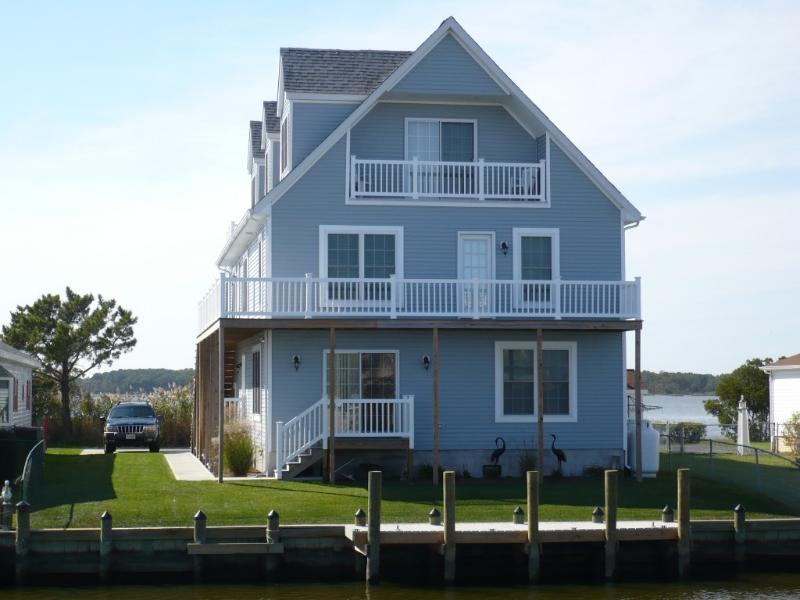 Ravens Nest Fenwick Island - Upscale Waterfont Home with Elevator gone Green - - Selbyville - rentals