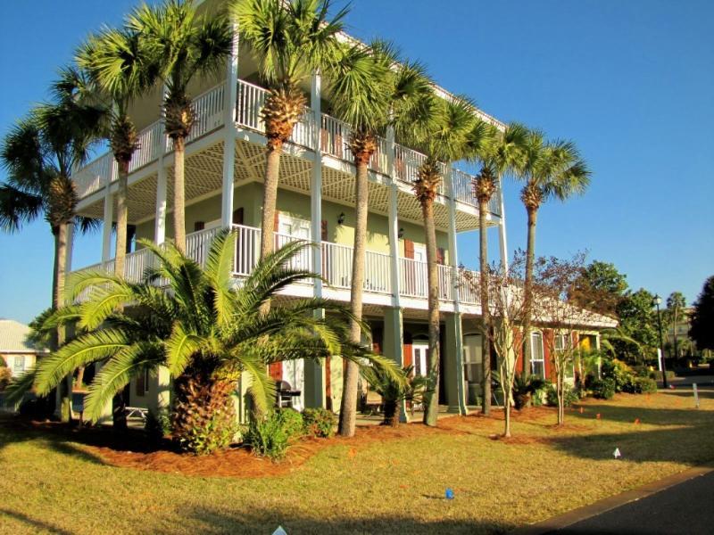 Caribbean Sun - *Caribbean Sun* Walk to the Beach! Nicely updated! - Destin - rentals