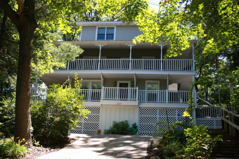 Crescent Walk - Holland/Macatawa Cottage w/Lake Mich Beach Access - Holland - rentals