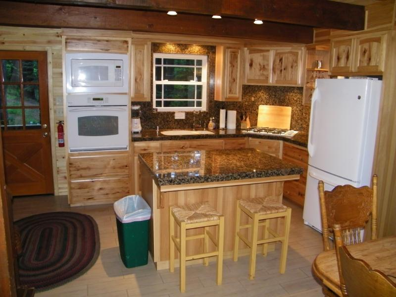 Fully equipped kitchen - Blue Lake Springs Remodeled Cabin--Sleeps up to 13 - Arnold - rentals