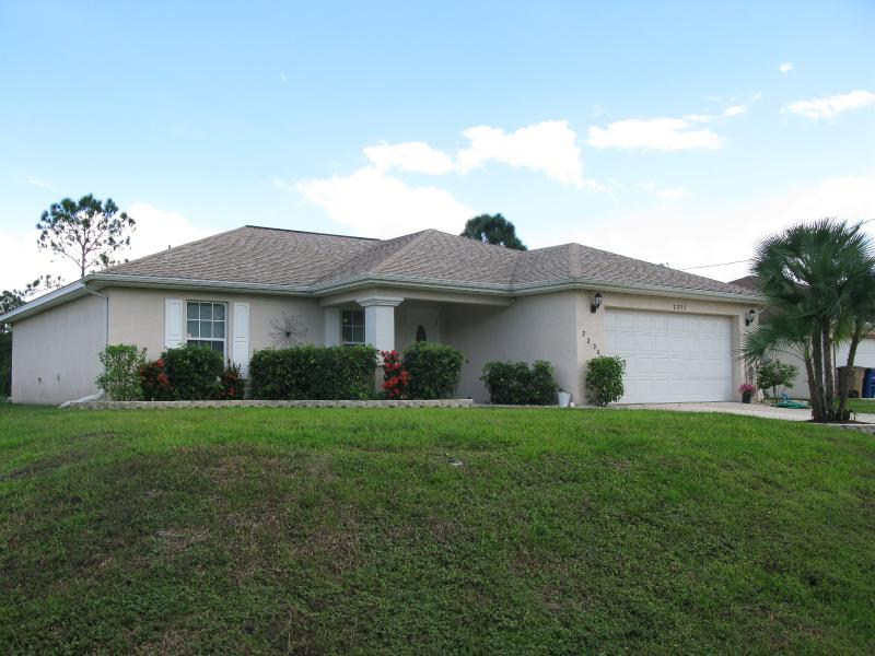 3 Bedroom Home with Enclosed Heated Pool - Image 1 - Lehigh Acres - rentals