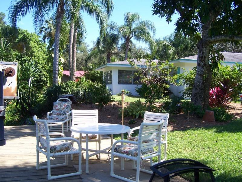 Outdoor fun on the Imperial River - Nuttinglikit Grove Homes on the Imperial River - Bonita Springs - rentals