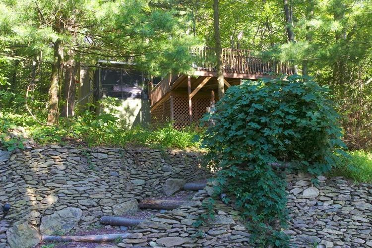 Cabin 2 with nature surrounding it - Pocono Mountain Vacation Cabin - Kunkletown - rentals