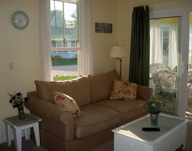 Living area with Sofabed - Summer Village - Perfect Location - Wells - rentals