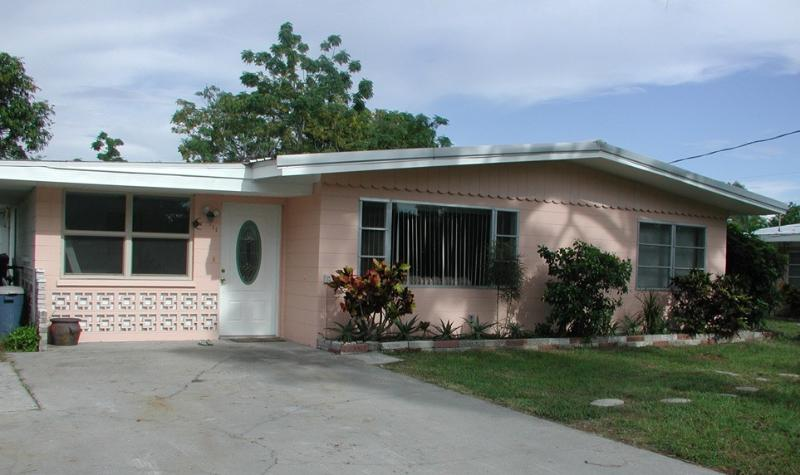 LEMON BAY COTTAGE - Image 1 - Englewood - rentals