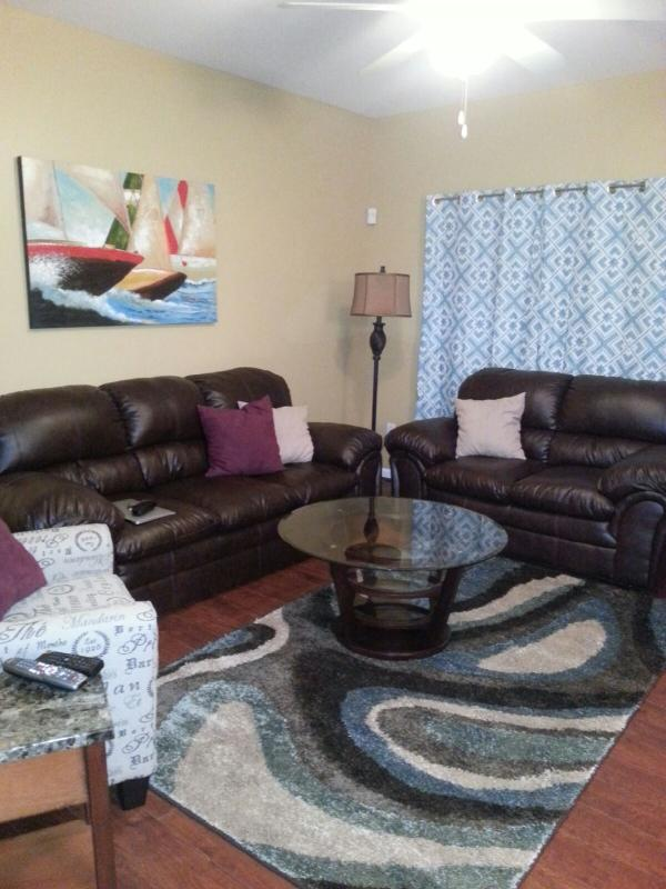 Family Room -  All new furniture - Updated 4 Bedroom 2 Bath Condo with 2 Car Garage - Wildwood - rentals
