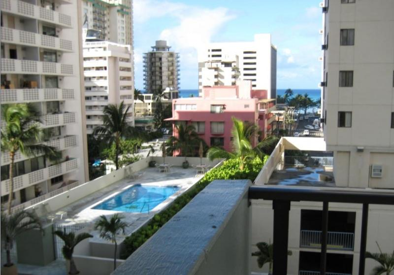 Affordable family condo for the price of studio - Image 1 - Waikiki - rentals