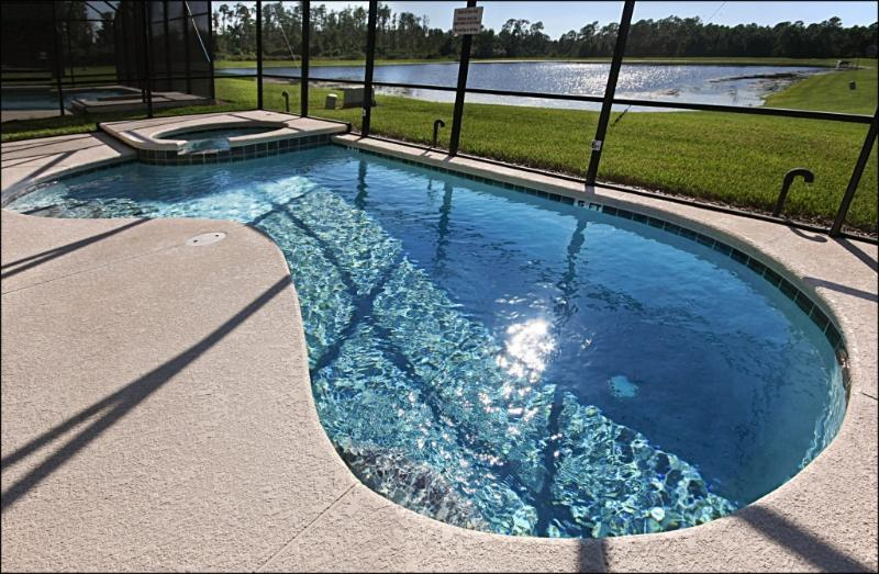 Private Pool with Lake View and Sunset Watching - Lakeside 7 Br/5.5 Bath Villa with 4 Master Suites! - Kissimmee - rentals