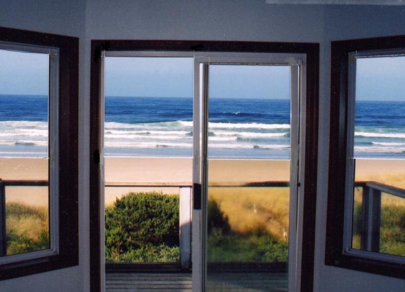 """Big Oceanfront, Sandy Shores, Breathtaking View - Big Oceanfront, """"Sandy Shores"""", Breathtaking View - Waldport - rentals"""