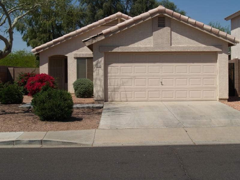 Outside Front - $1850 / 2br / 2bth - ARIZONA, Snow Bird Special - Avondale - rentals