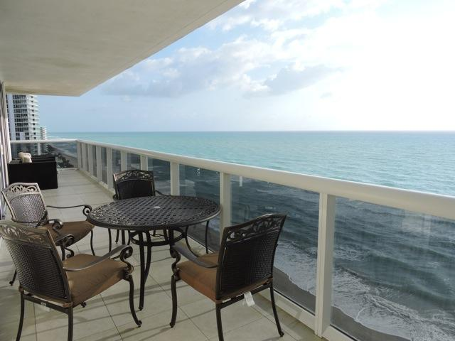 Luxury Oceanfront Condo for a Dream Vacation - Image 1 - Hallandale - rentals