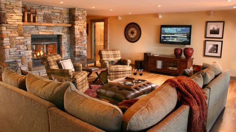 Living Room - The Jewel at Meadows Edge - Killington - rentals