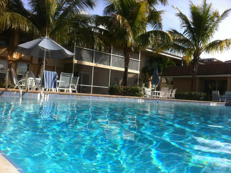 Pool area - Clean - Spacious - Affordable - 2 bed 2 bath. - Fort Myers - rentals