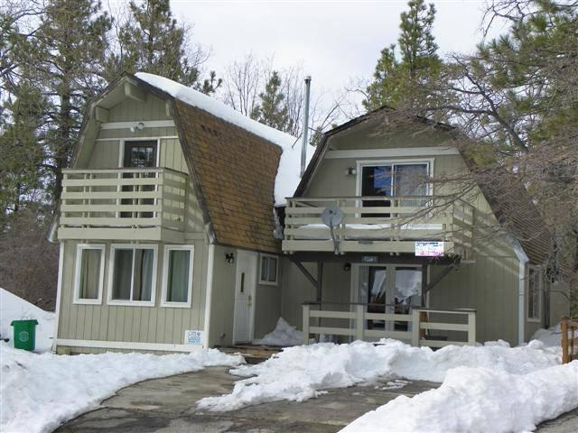 Cabin in the heart of Moonridge area. - Snow Summit Ser·en·dip·i Cabin 3 bedroom max 10 - Big Bear Lake - rentals