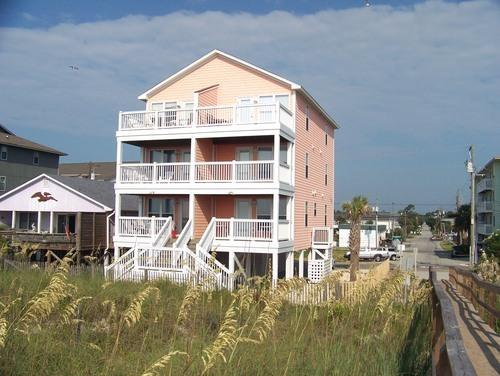 Exterior Peach House - Oceanfront Duplex Condo - Near Boardwalk - Carolina Beach - rentals