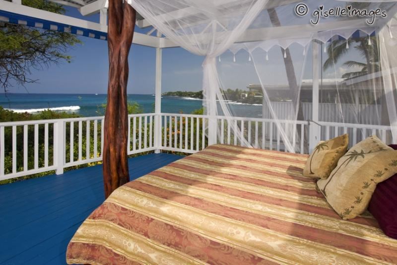 Oceanside King Bed - Oceanfront Lovers Delight*Surfers Dream BeachHouse - Kailua-Kona - rentals