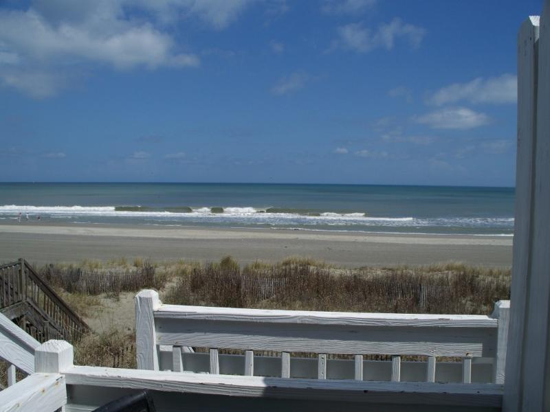 The View-Backyard is the Beach - Almost Heaven B OCEANFRONT FabViews 2bd/2ba &WIFI - Surfside Beach - rentals