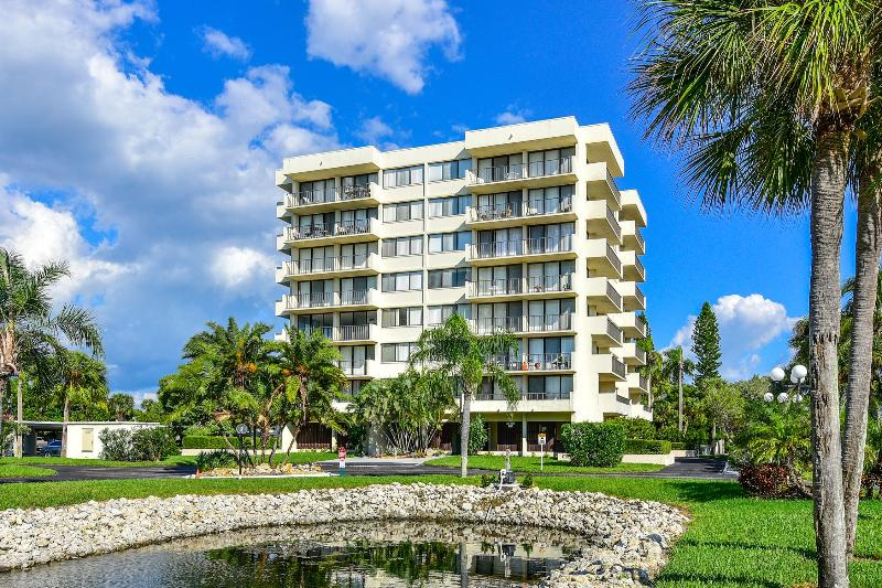 Our Building - Beach Condo across from Siesta Beach - Sarasota - rentals