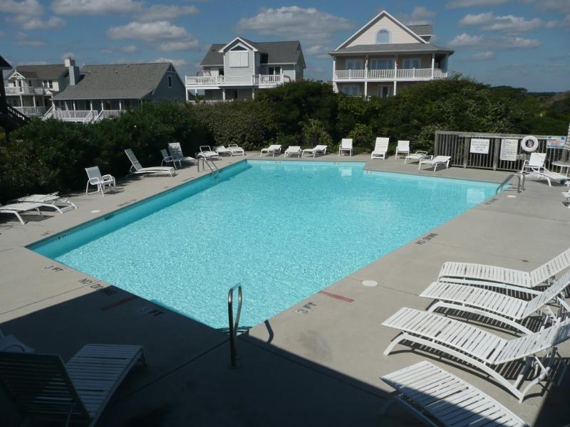 Community Pool - Ocean Views, Community Pool/Tennis Court, Beach! - North Topsail Beach - rentals