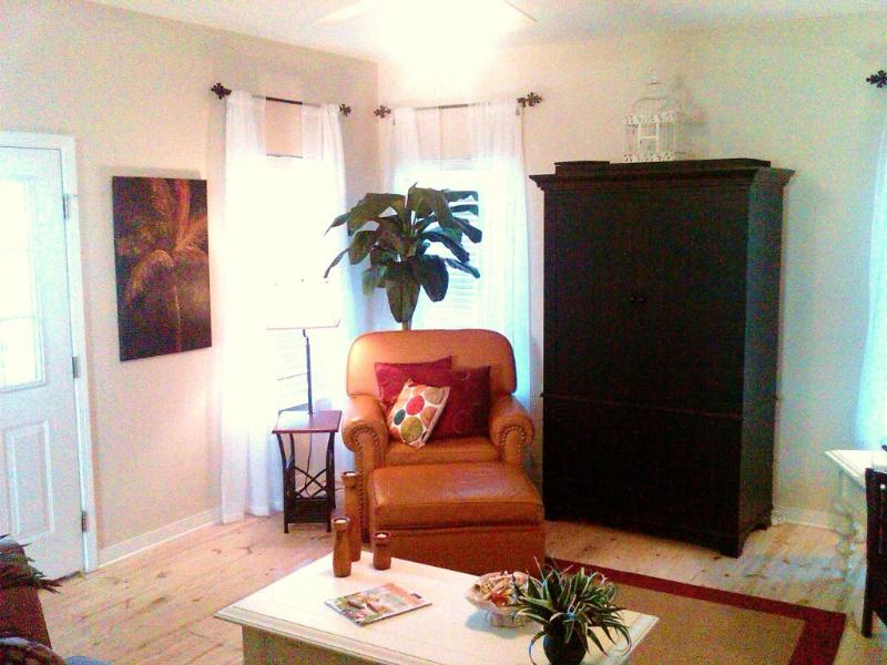 Wonderfully Inviting Decor - Rookery 3602 Cottage - Pool - Short Walk to Beach - Fort Morgan - rentals