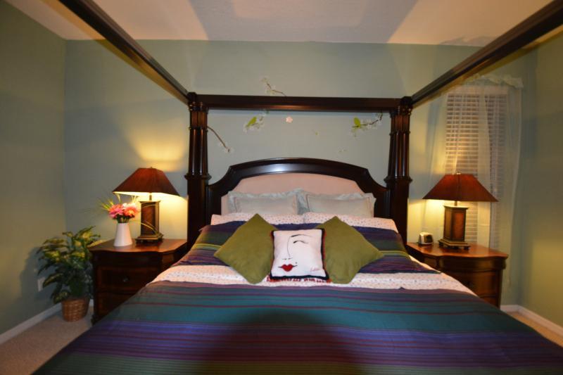 First Floor King Master Bedroom - Emerald Island 8 Bedroom Villa (3 King 2 Queen) - Four Corners - rentals