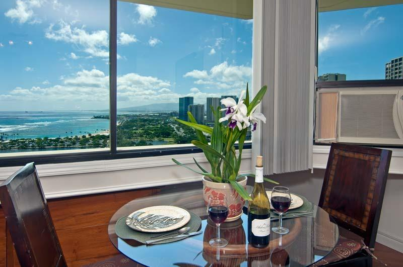 Absolutely Ocean View-Parking-Best In Building- 99 - Image 1 - Waikiki - rentals