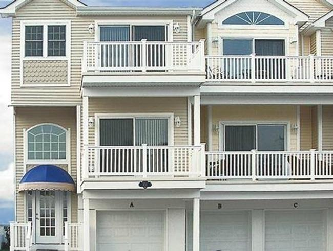 Ocean Haven Townhouse 50 Feet From The Beach - Image 1 - North Wildwood - rentals