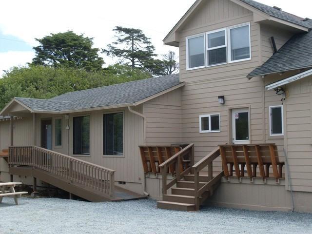 Guest House - Sea Haven's Guest House - 6 Bedrooms - Sleeps 16! - Rockaway Beach - rentals