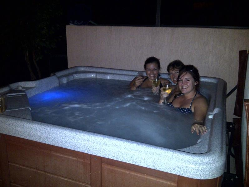 Spa home. - Beautiful hot tub home@Windsor Palms DISNEY - Four Corners - rentals