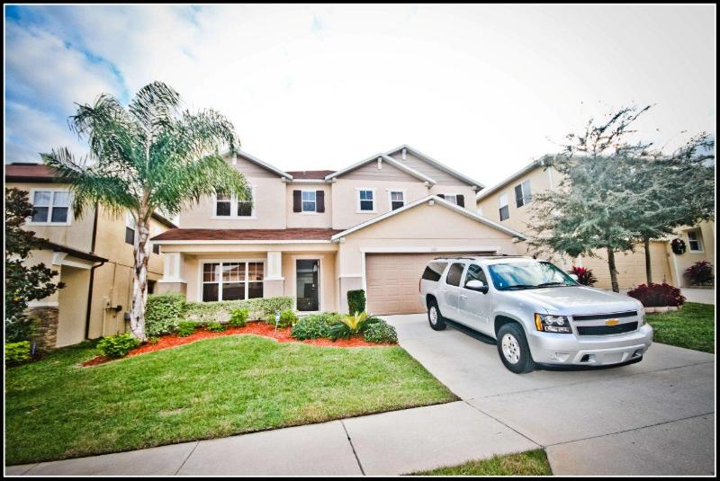 Largest home in the area at 3100 SQF - SIZE IS EVERYTHING! 3100 SQF POOL-MINS TO DISNEY! - Davenport - rentals