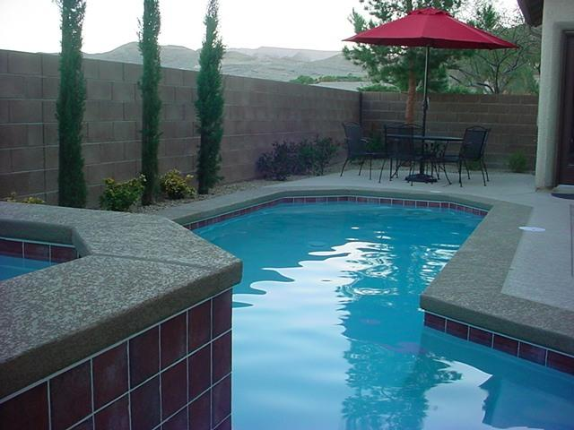 Pool, hot tub, and patio table - 5 bedroom, heated pool/spa, excellent service!! - Las Vegas - rentals
