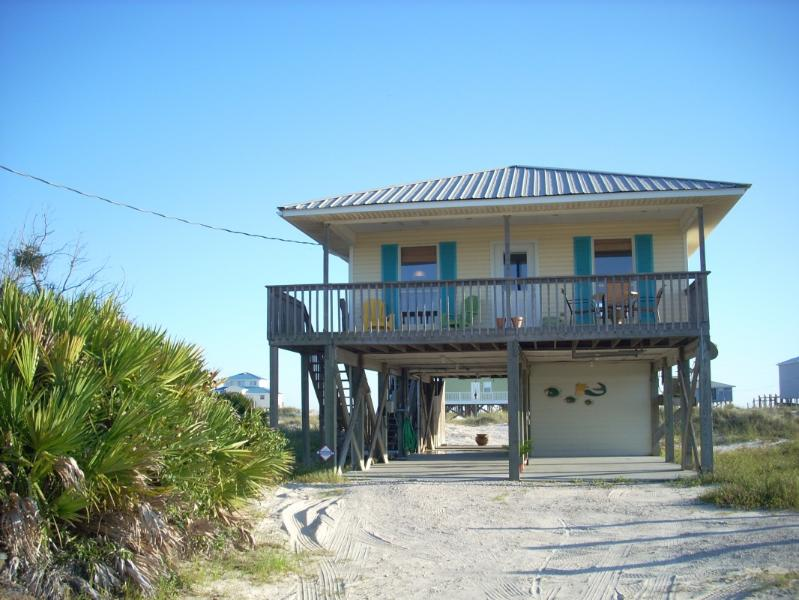 "Island Dream \""COME VISIT US\\\"" - ""ISLAND DREAM""  Beach home      3Br / 2 Bath - Fort Morgan - rentals"