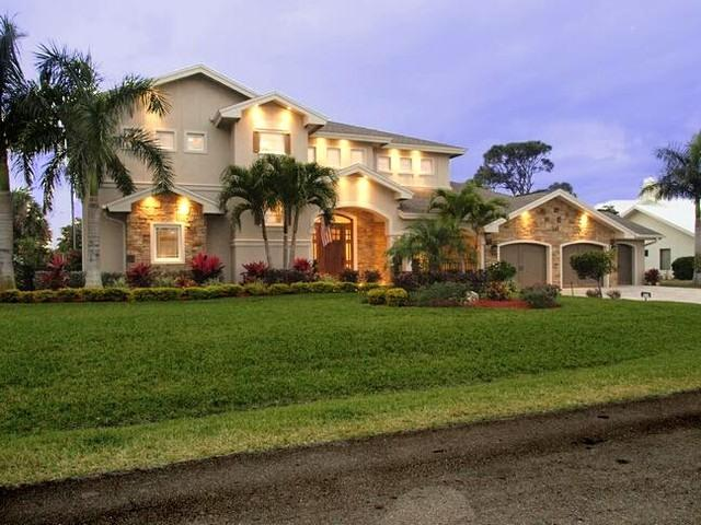 Beautiful home in Naples ! Pet Friendly! - Image 1 - Naples - rentals