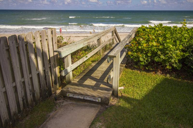 Seabreeze Ocean Retreat on the Space Coast - Image 1 - Melbourne Beach - rentals