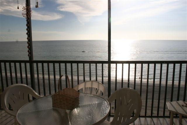 Florida Sunsets everyday - Beautiful 2 bedroom luxury Condo on the water - Indian Rocks Beach - rentals