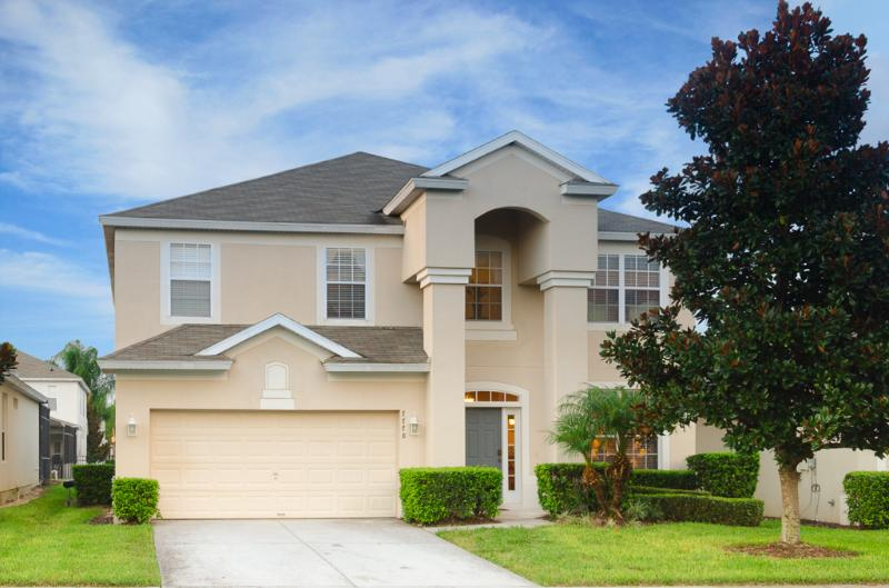 Disney World... Minutes Away! Luxury 6 BR/4 BA - Image 1 - Kissimmee - rentals
