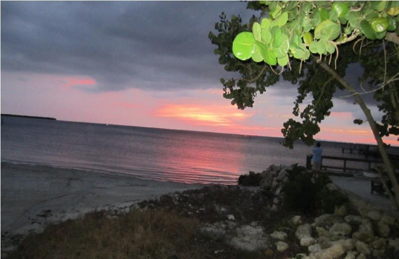 Waterfront unbelievable New home, at Private Beach - Waterfront, Luxury 2 bdr.1.5 bth. home,at Beach - Apollo Beach - rentals
