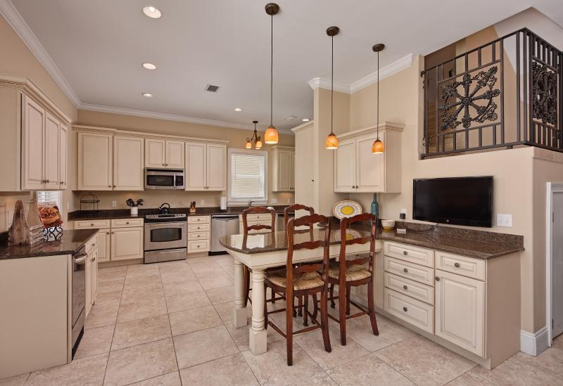 Gourmet Kitchen that is fully equipped - White Sands Villa~Private Heated Pool, Sleeps 22 - Miramar Beach - rentals
