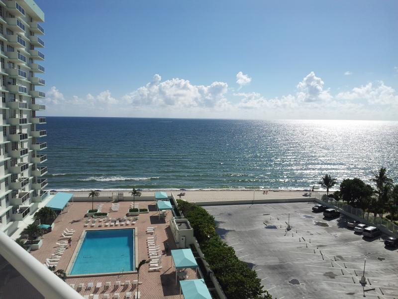 1 - Oceanfront 2/2 Hollywood FL (1 Mth minimum rental) - Hollywood - rentals