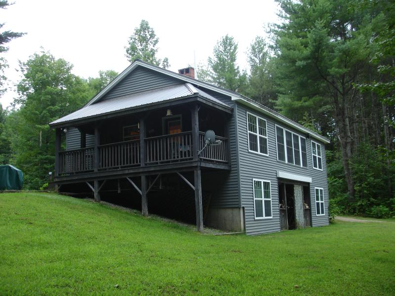 Riverview camp, on Kennebec River in Solon Maine.  - Camp located on Kennebec River. Kayaking,fishing, snowmobiling, atv trails. - Solon - rentals