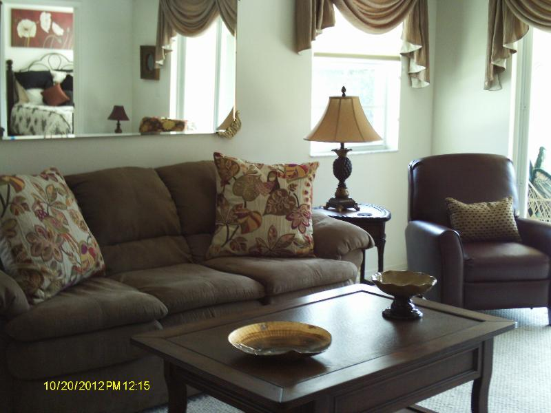 Living Room - Seasonal Florida Gulf Coast Rental, Cape Coral FL - Cape Coral - rentals