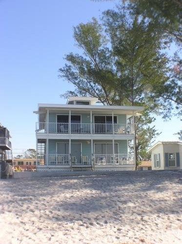 Gulf front upper duplex - Image 1 - Englewood - rentals