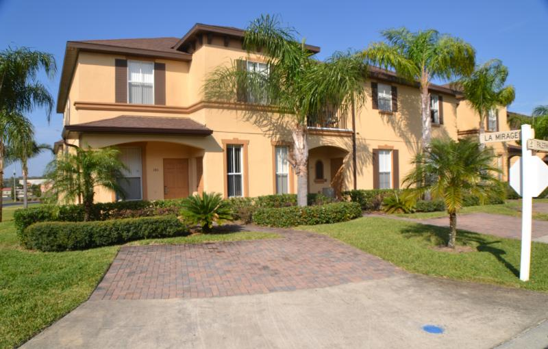 Front view, 101 Palermo Street - Great House at The Regal Palms, Orlando - Davenport - rentals