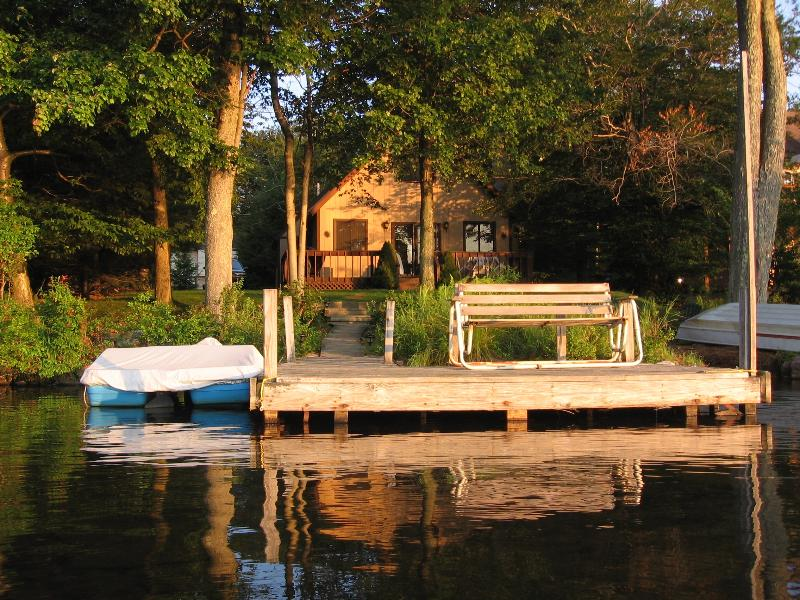 Lakefront Chalet with Boats, Beach, Dock, Sauna... - Image 1 - Tobyhanna - rentals