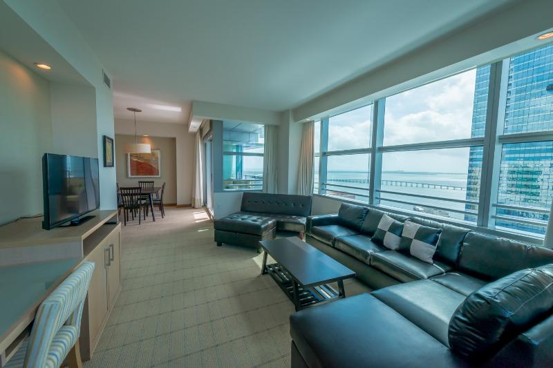 Luxury 2br/2ba At The Conrad Hilton In Brickell - Image 1 - Miami - rentals