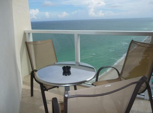 On the balcony - Beachfront Luxurious Paradise - LaPerla - Sunny Isles Beach - rentals