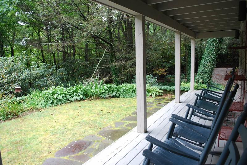 5 Sec Walk to 100' Waterfall, 5 Min Drive to Town - Image 1 - Highlands - rentals