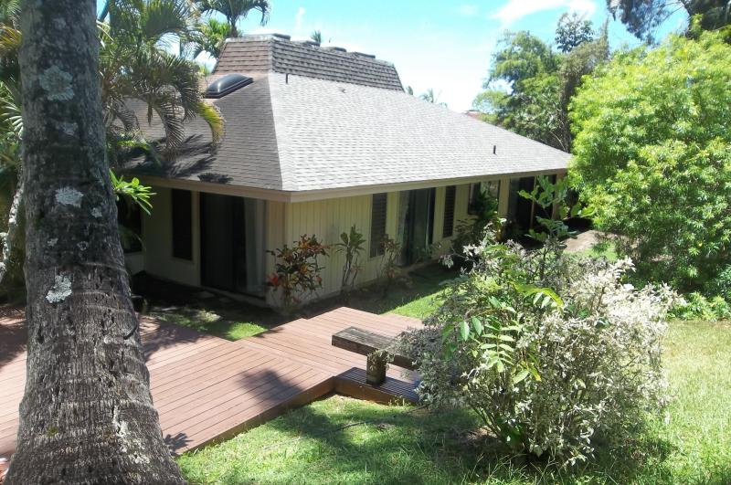 SECLUDED FAMILY FRIENDLY HOME - Image 1 - Princeville - rentals